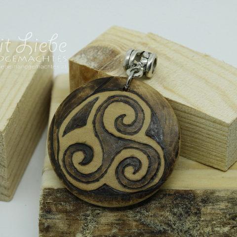 Holzmedaillon Keltenmuster