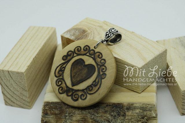 Holzmedaillon Herz