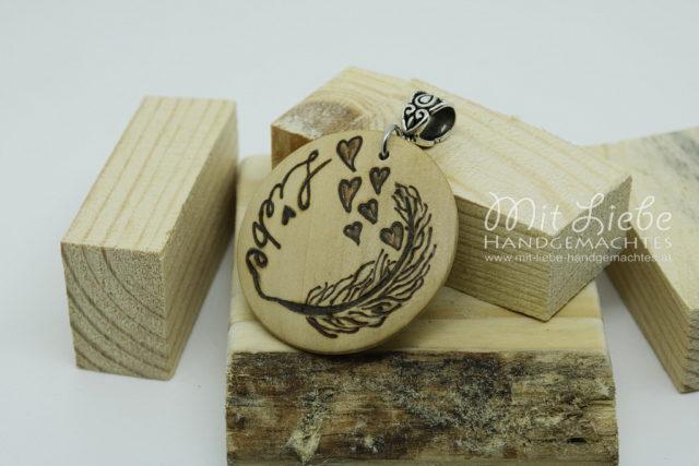 Holzmedaillon Liebe