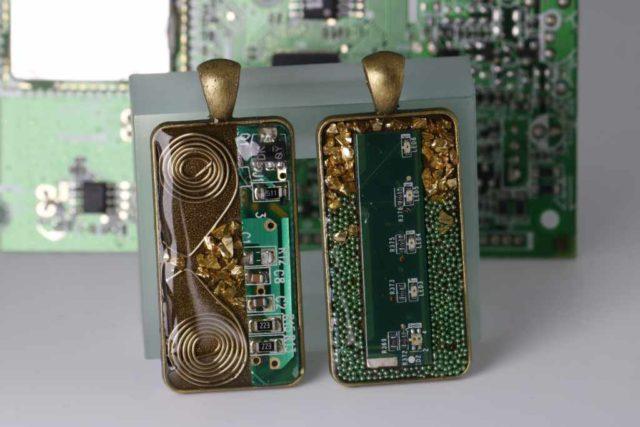 Bronze Elektronik Anhänger - Kreativwerkstatt
